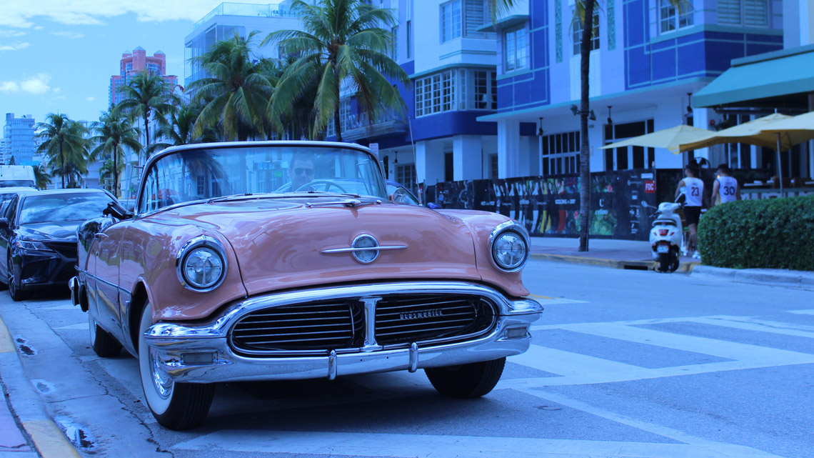 Miami City Tour in an Antique Car 1