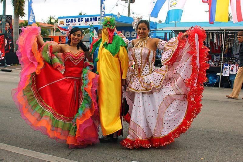 calle ocho festival and carnival miami